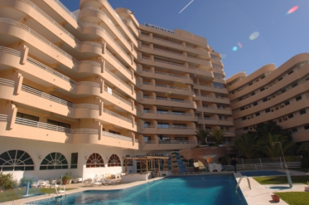 https://media.costalessgolf.com/2015/04/Marina-Mar-Apartments.jpg