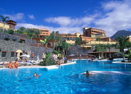 https://media.costalessgolf.com/2015/04/jardines-del-teide-hotel.jpg