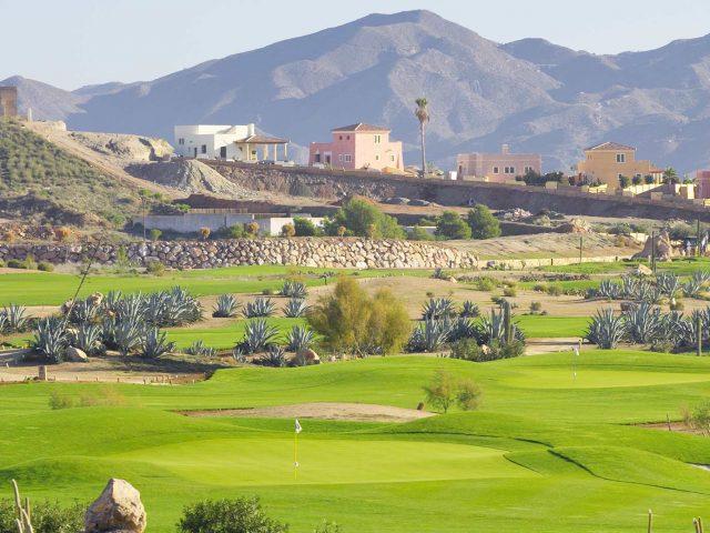 https://media.costalessgolf.com/2015/05/Desert-Spring-Golf-640x480.jpg
