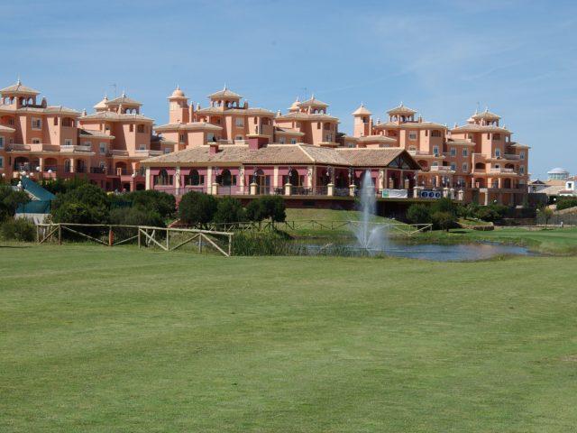 https://media.costalessgolf.com/2015/05/Dunas-de-Doñana-Golf-640x480.jpg