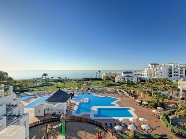 https://media.costalessgolf.com/2015/05/Fuerte-Estepona-640x480.jpg