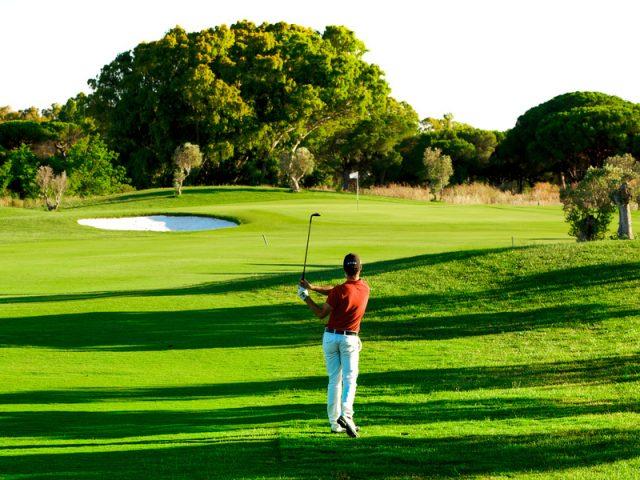 https://media.costalessgolf.com/2015/05/Golf-La-Estancia-640x480.jpg
