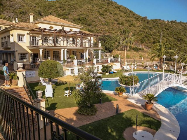 https://media.costalessgolf.com/2015/05/Gran-Benahavis-3-640x480.jpg