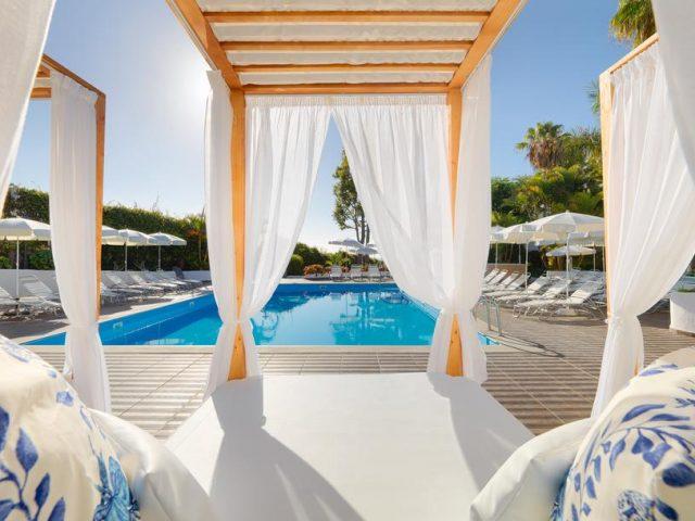 https://media.costalessgolf.com/2015/05/Hotel-Jardin-Tecina-640x480.jpg