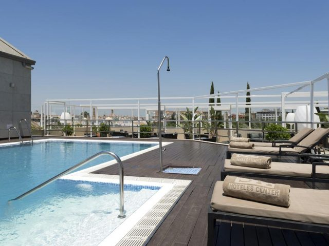 https://media.costalessgolf.com/2015/05/Hotel-Sevilla-Center-Roof-Bar-640x480.jpg