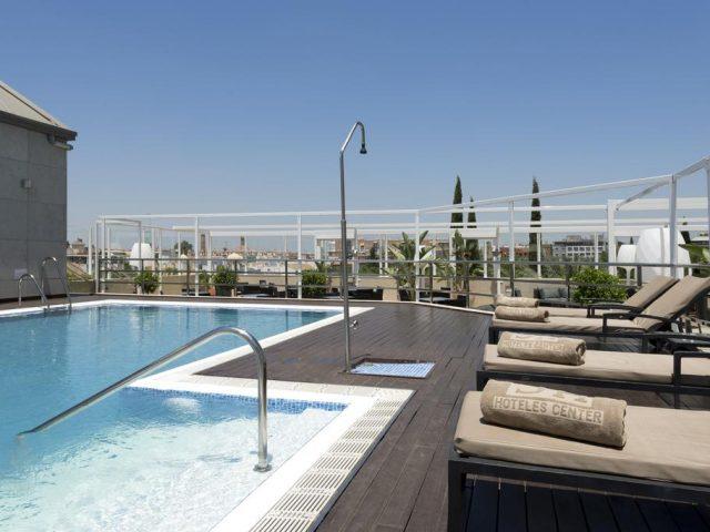 https://media.costalessgolf.com/2015/05/Hotel-Sevilla-Center-Roof-Bar-640x480.jpg