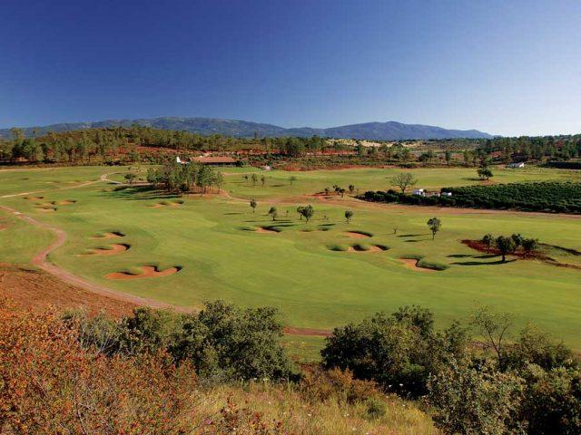 https://media.costalessgolf.com/2015/05/Morgado-Golf-Club-2-640x480.jpg