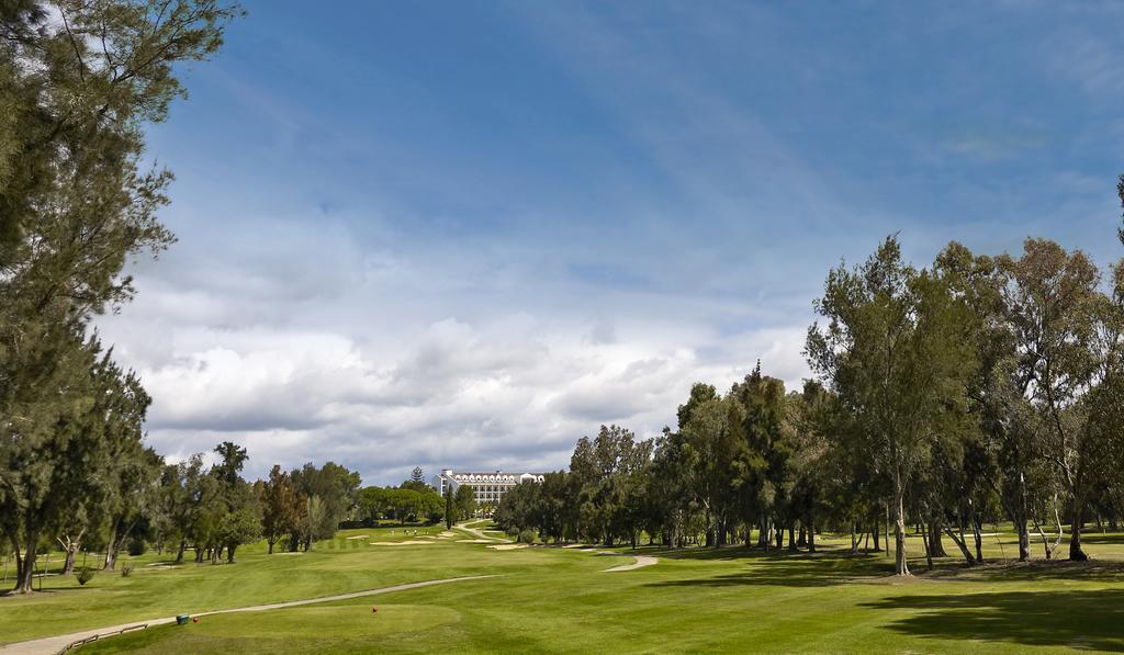 https://media.costalessgolf.com/2015/05/Penina-Golf-1.jpg