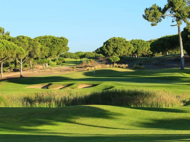 https://media.costalessgolf.com/2015/05/Pinhal-golf-2-640x480.jpg