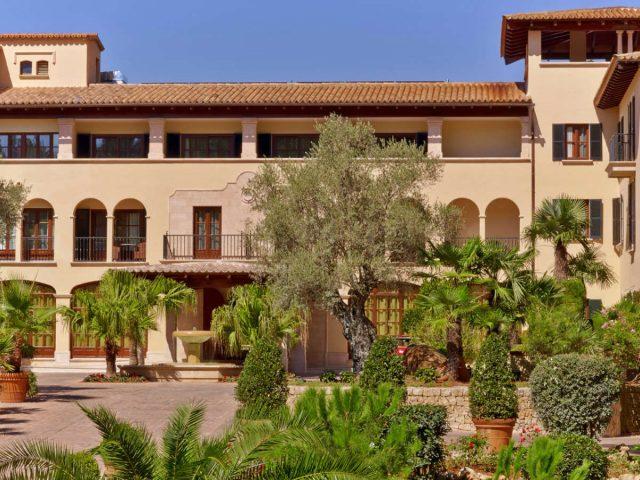 https://media.costalessgolf.com/2015/05/Sheraton-Mallorcal-Arabella-ext-2-640x480.jpg