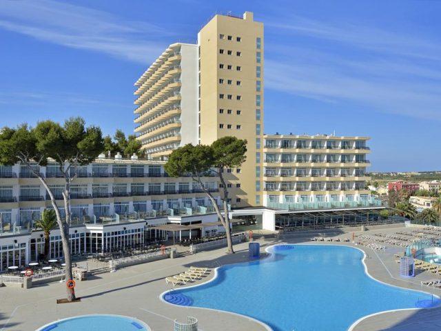 https://media.costalessgolf.com/2015/05/Sol-Barbados-Hotel-1-640x480.jpg