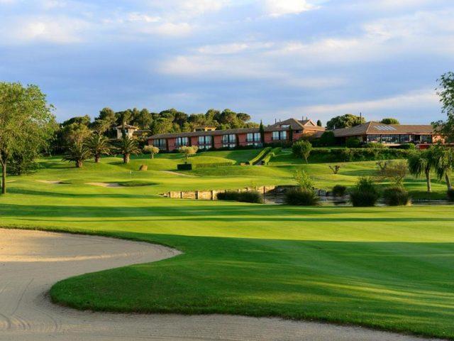 https://media.costalessgolf.com/2015/05/Torremirona-Golf-1-640x480.jpg