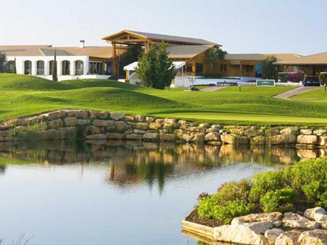 https://media.costalessgolf.com/2015/05/Victoria-Golf-640x480.jpg