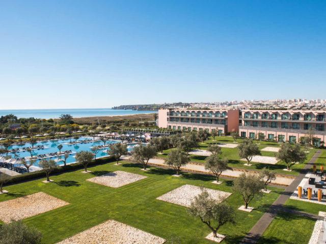 https://media.costalessgolf.com/2015/05/Vila-Gale-Lagos-Hotel-640x480.jpg