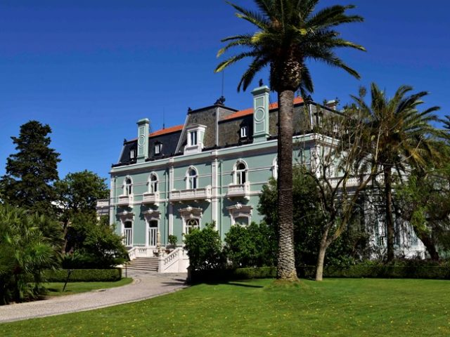https://media.costalessgolf.com/2015/05/pestana-palace-ext-2-640x480.jpg