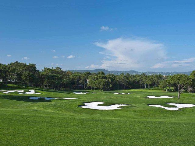 https://media.costalessgolf.com/2015/05/south-golf-course-quinta-do-lago-banner-6-2000x1139-640x480.jpg