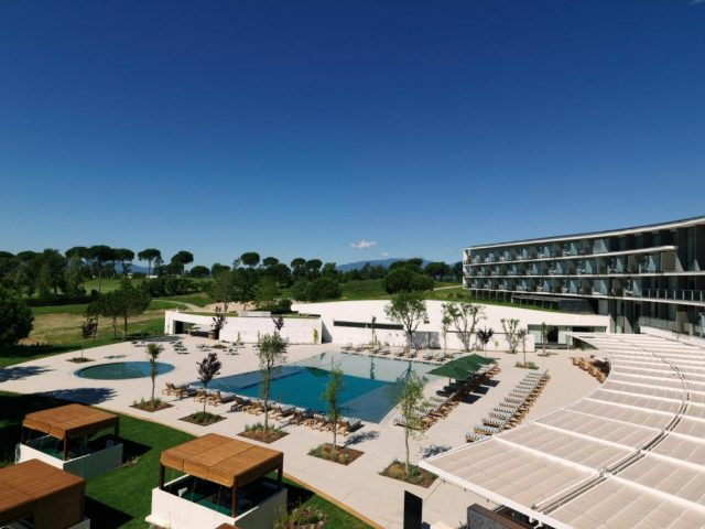 https://media.costalessgolf.com/2016/09/Hotel-Camiral-View-640x480.jpg