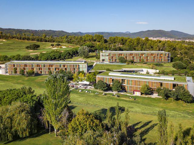 https://media.costalessgolf.com/2017/02/La-Mola-Hotel-2-640x480.jpg