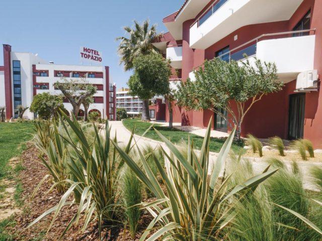 https://media.costalessgolf.com/2018/08/Topazio-Hotel-640x480.jpg