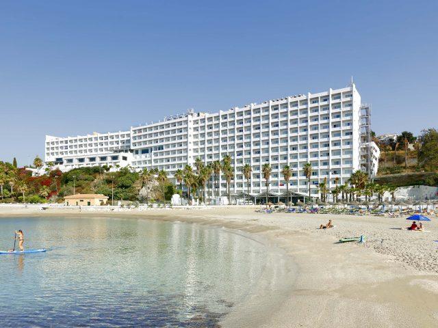 https://media.costalessgolf.com/2019/06/Palladium-Hotel-Costa-del-Sol-640x480.jpg